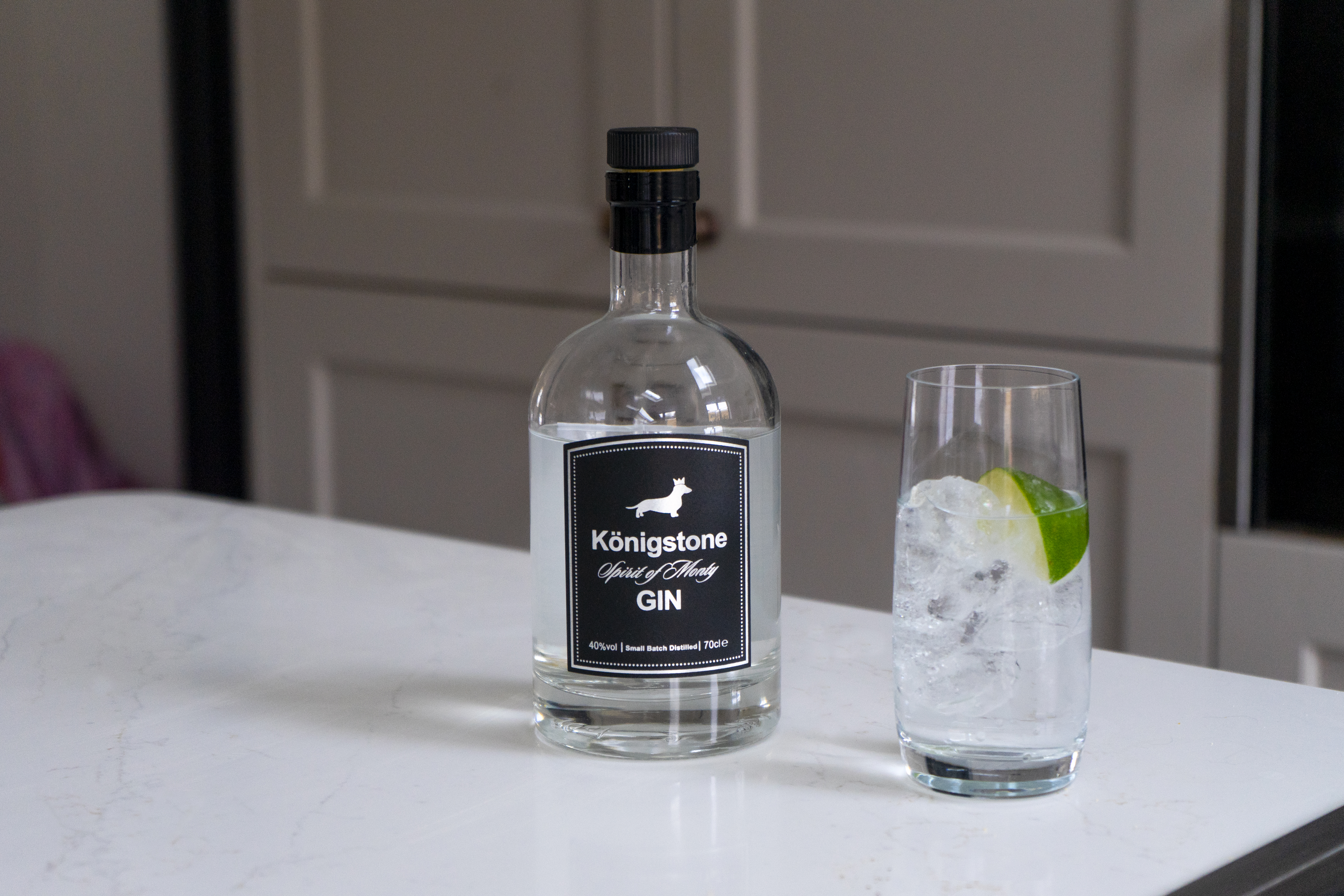 Share a photo of your Konigstone surfaces for a chance to receive a bottle of Konigstone Gin